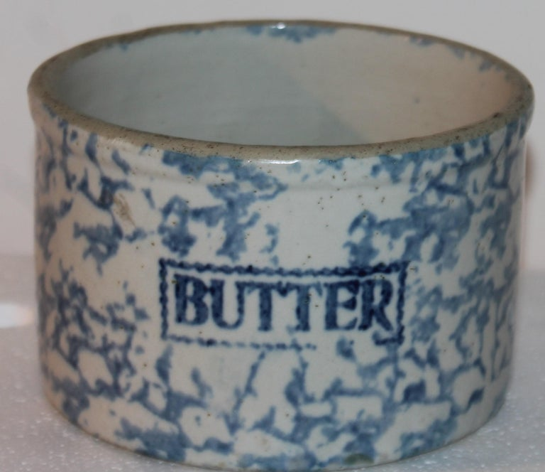 19Thc Blue & White Sponge Ware Pottery Butter Crocks, 4 In Good Condition For Sale In Los Angeles, CA