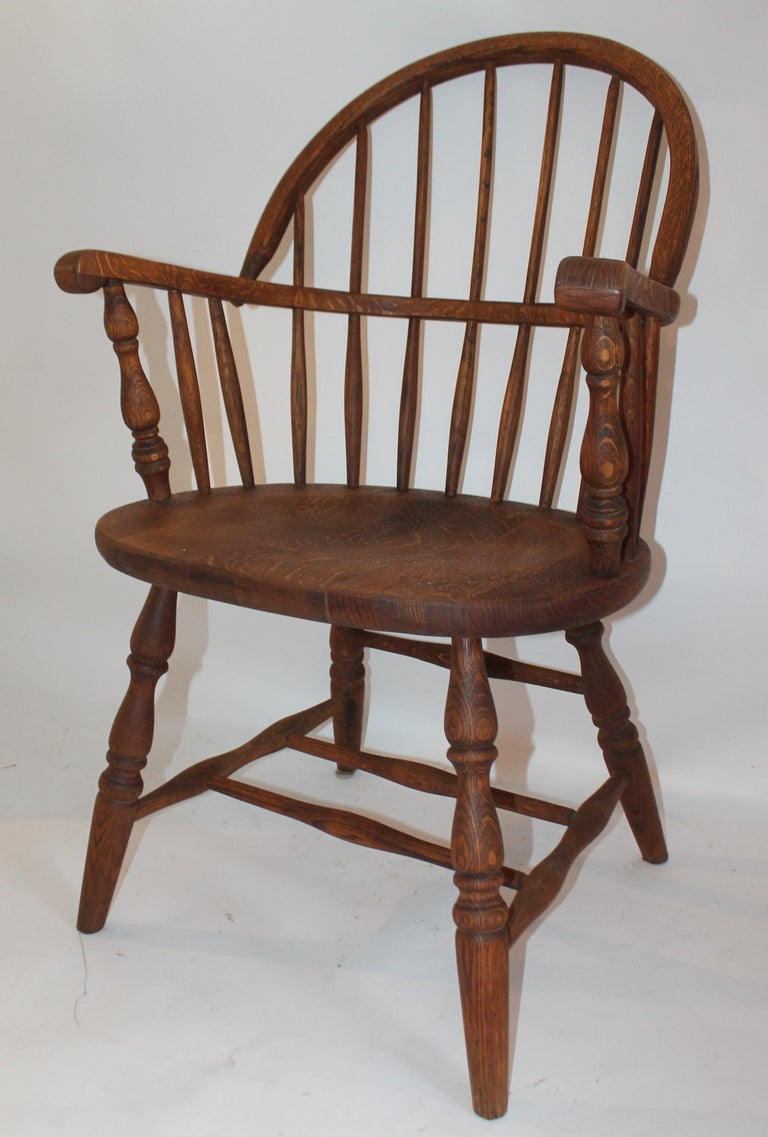 American 19th Century Bow Back Windsor Armchairs / Pair For Sale