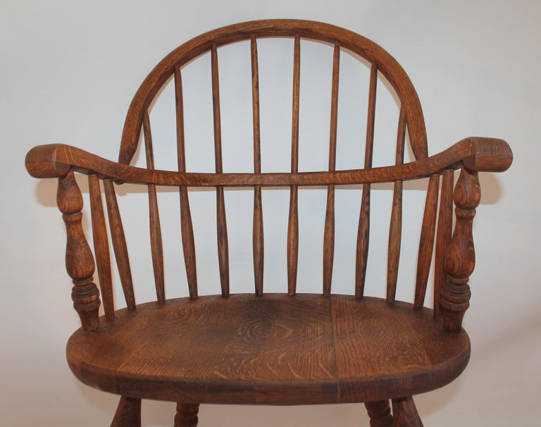 Hand-Crafted 19th Century Bow Back Windsor Armchairs / Pair For Sale