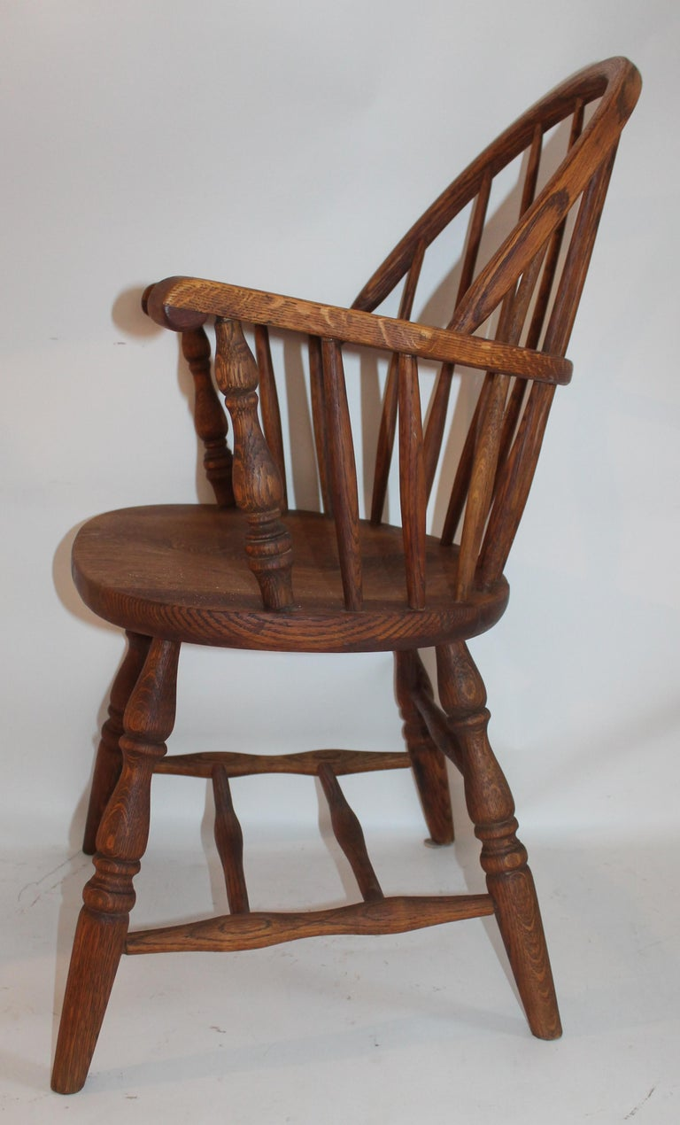 19th Century Bow Back Windsor Armchairs / Pair In Good Condition For Sale In Los Angeles, CA