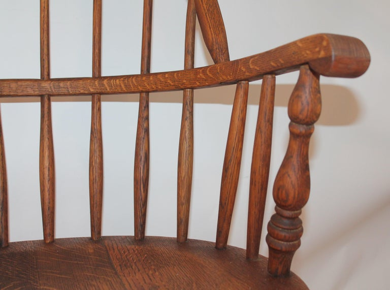 20th Century 19th Century Bow Back Windsor Armchairs / Pair For Sale