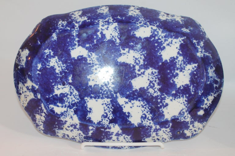 Glazed 19th Century Collection of  Four Design Sponge Ware Platters For Sale