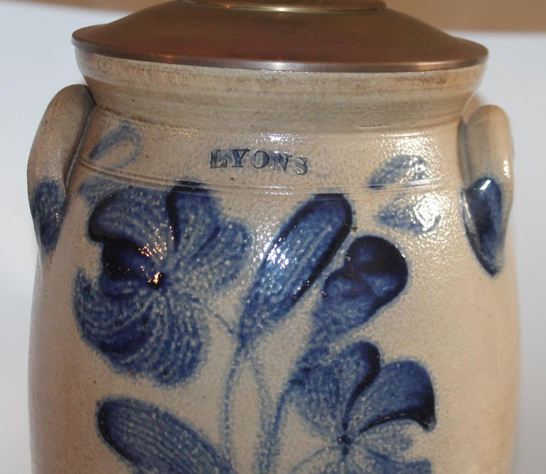Hand-Crafted 19th Century Decorated Stoneware Crock Lamp For Sale