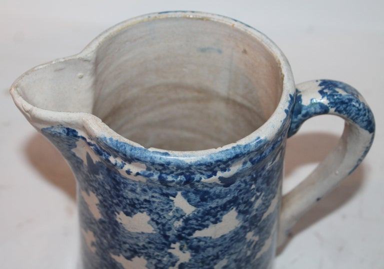 Hand-Crafted 19th Century Design Sponge Ware Pitcher For Sale