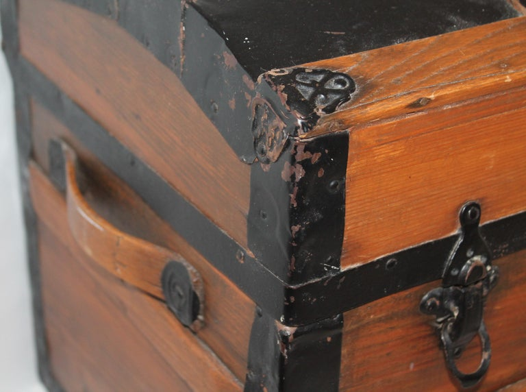 American 19th Century Dome Top Trunk For Sale
