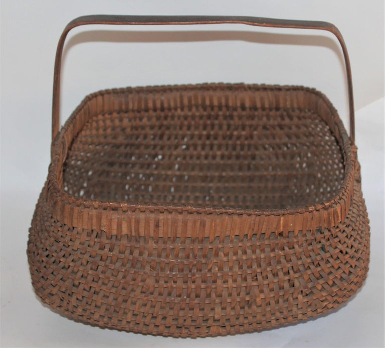 Country 19th Century Early Tight Buttocks Basket For Sale