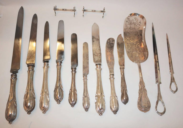 Establish in 1830 until the 1842, Elkington & Co. Silver wear has been a one of the prime producers of silver plating. The name has changed over the centuries that this company has been around. This stamped set in good condition and needs a bit of