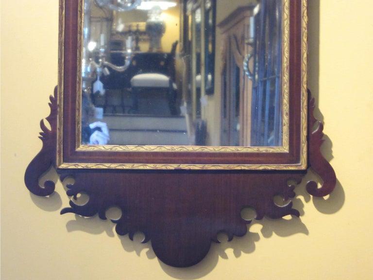 19th Century Federal Style Mirror with Gilt Detail & Églomisé For Sale 5