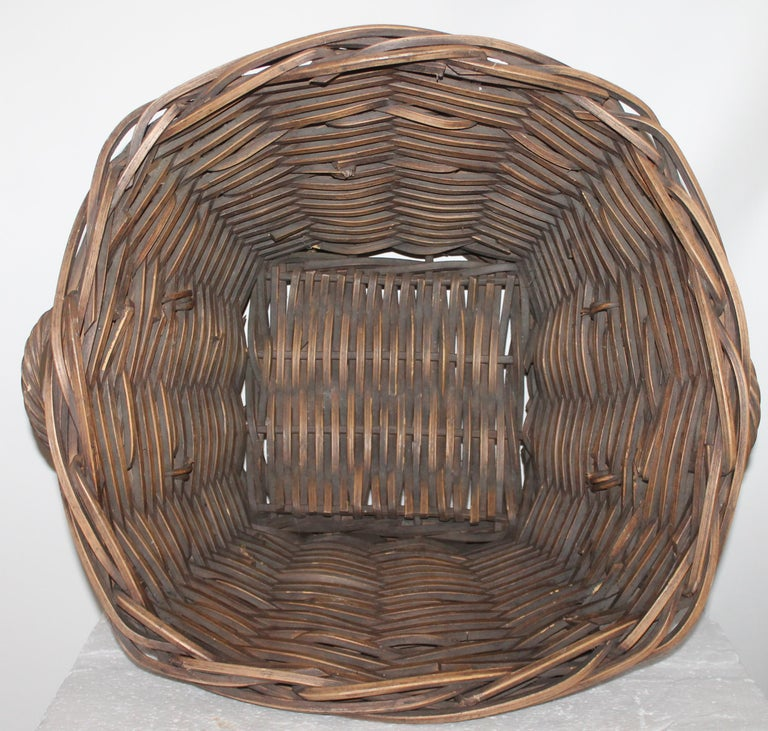 19th Century Handmade Double Handled Basket In Good Condition For Sale In Los Angeles, CA