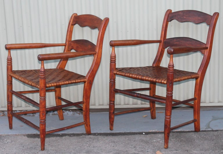 19th Century Hickory Chairs with Original Rush Seats, Pair In Good Condition For Sale In Los Angeles, CA