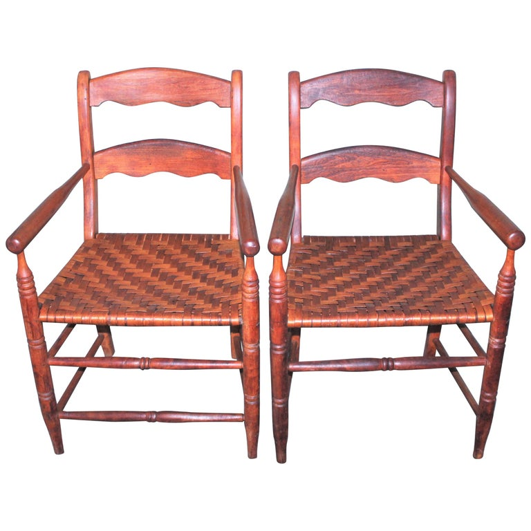 19th Century Hickory Chairs with Original Rush Seats, Pair For Sale
