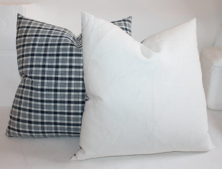 American 19th Century Homespun Linen Blue and White Pillows, 2 Pairs For Sale