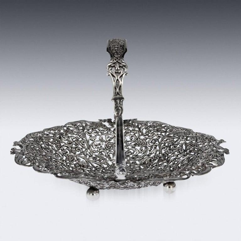 19th Century Indian Cutch Solid Silver Basket, circa 1880 For Sale 1