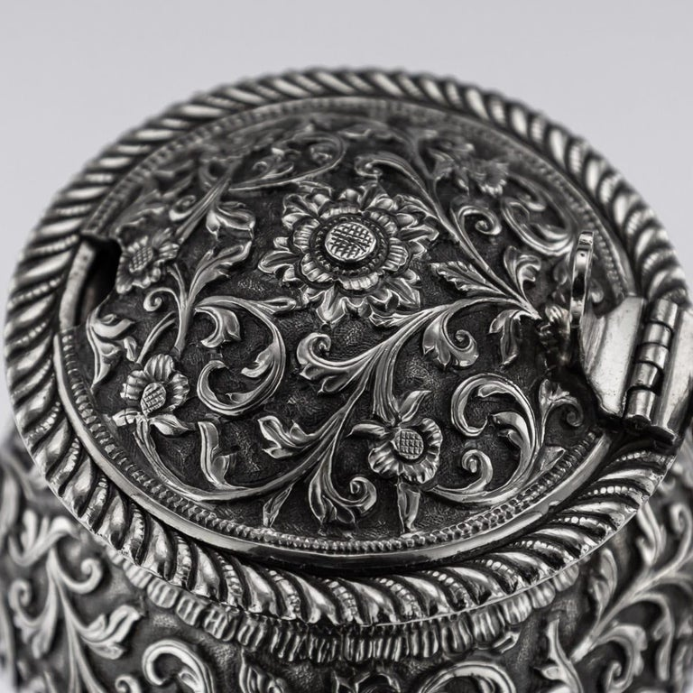 19th Century Indian Cutch Solid Silver Condiment Set, Oomersi Mawji, circa 1890 For Sale 12