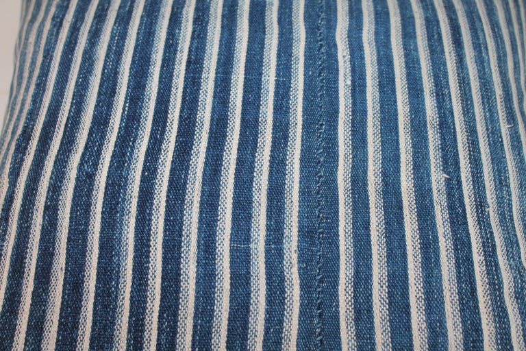 Indigo Blue and White Striped Linen Pillows In Good Condition For Sale In Los Angeles, CA