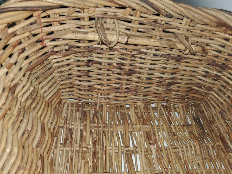 American 19th Century Large French Bread Basket from a Bakery For Sale