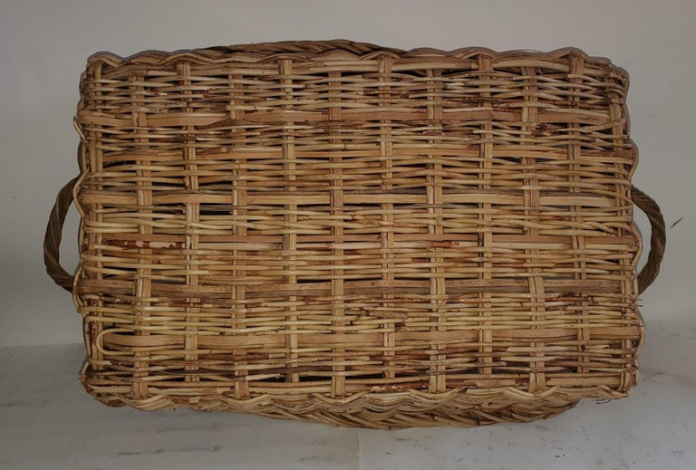 Hand-Crafted 19th Century Large French Bread Basket from a Bakery For Sale