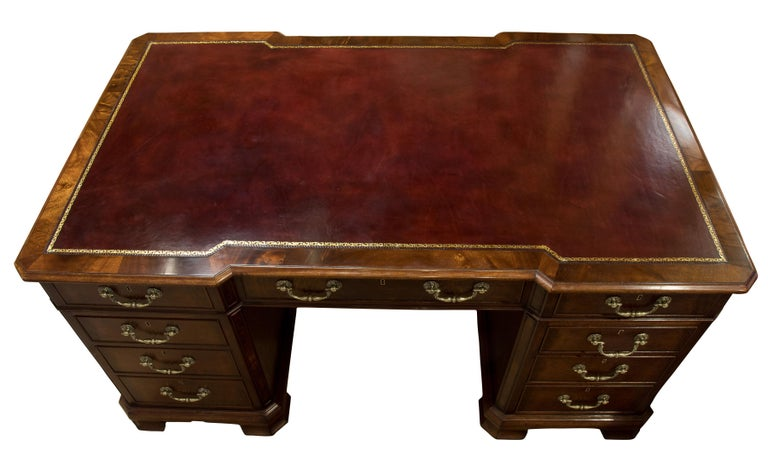 Late 19th Century 19th Century Mahogany Desk For Sale