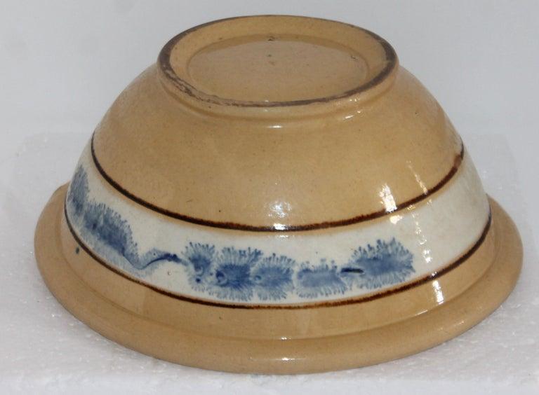 American 19th Century Mocha Seaweed Yellow Ware Mixing Bowl For Sale