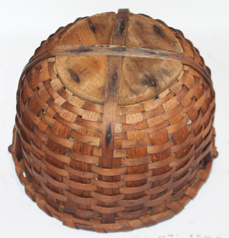 Bentwood 19Thc New England Swing Handled Basket For Sale