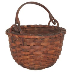 19Thc New England Swing Handled Basket