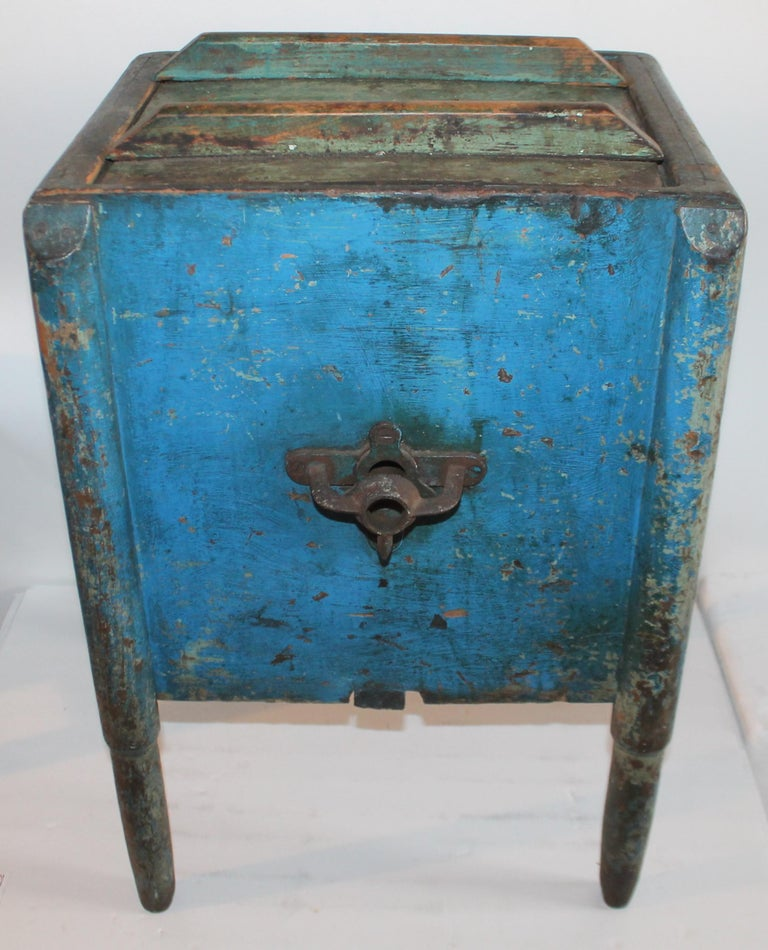 American 19th Century Original Blue Painted Side Table / Churn For Sale