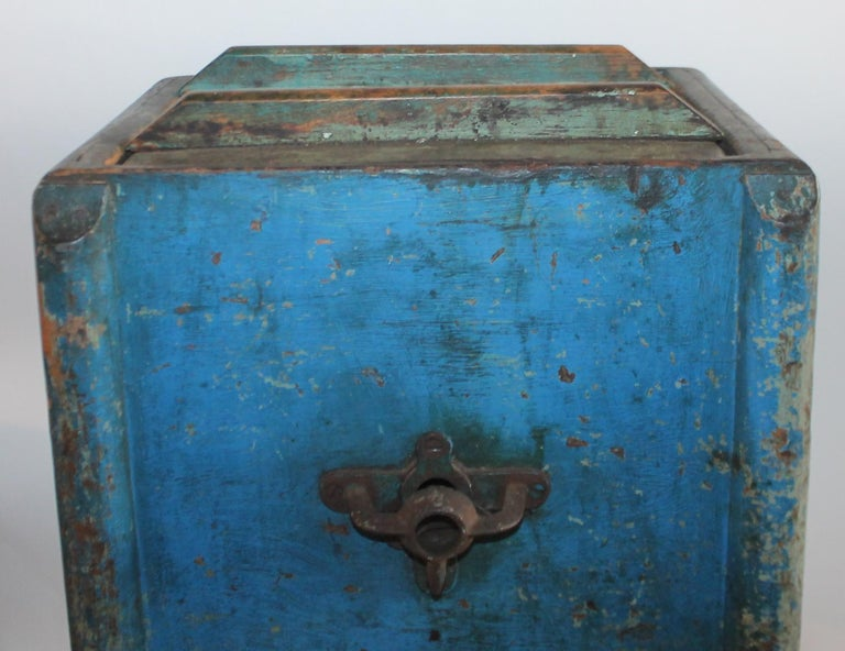 19th Century Original Blue Painted Side Table / Churn For Sale 1