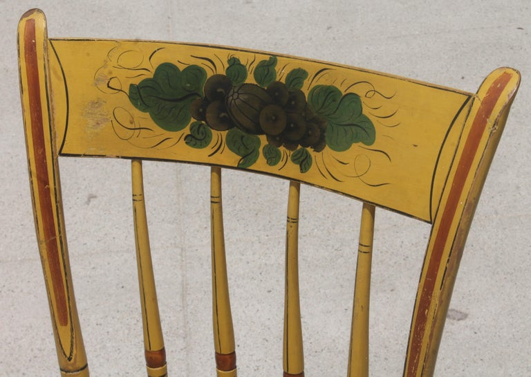 19thc Original Chrome Yellow New England Windsor Chairs, 6 For Sale 2