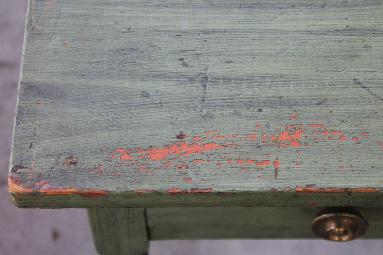 19thc Original Green Painted One Drawer Stand In Good Condition For Sale In Los Angeles, CA