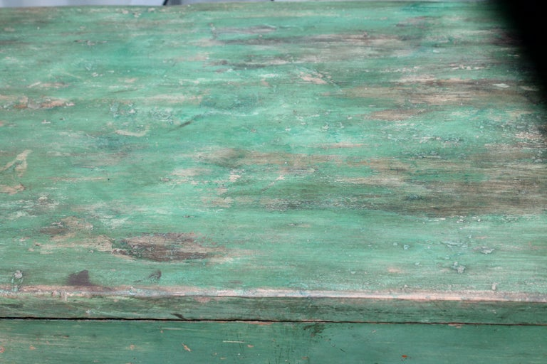 19th Century Original Green Painted Two-Door Cabinet from Pennsylvania For Sale 4