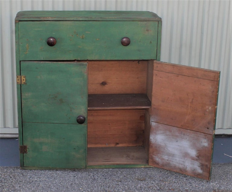 19th Century Original Green Painted Two-Door Cabinet from Pennsylvania In Good Condition For Sale In Los Angeles, CA