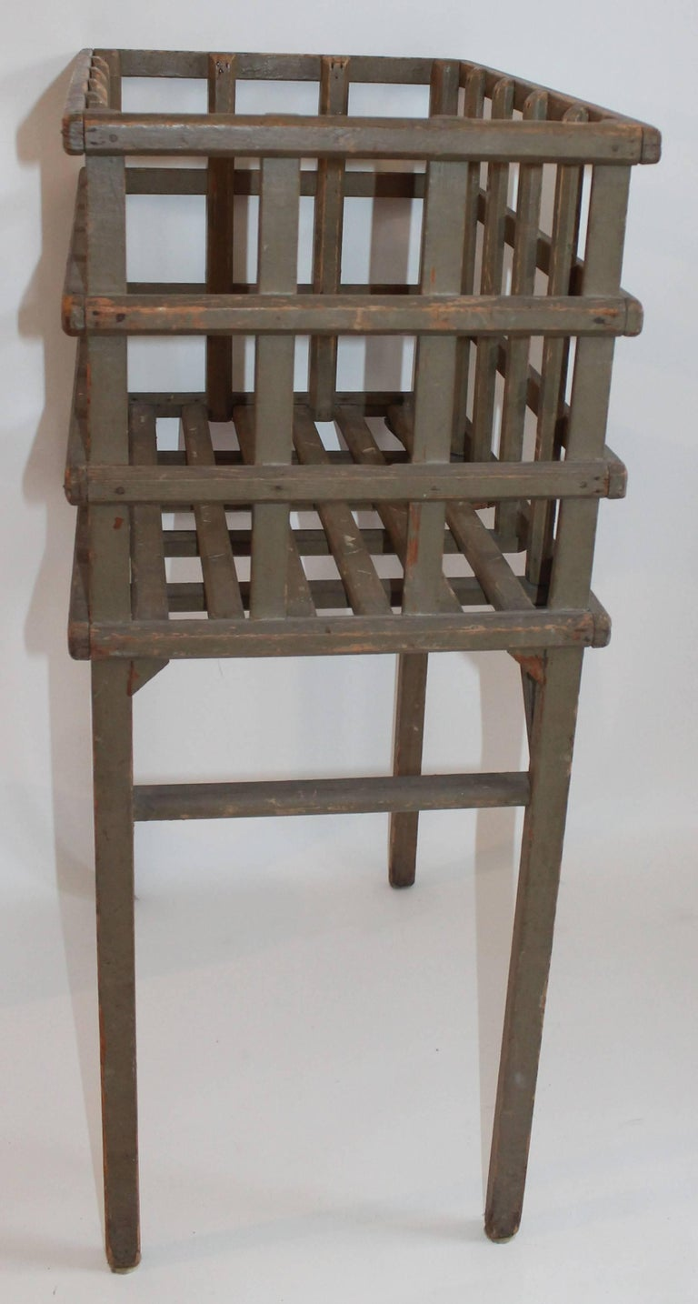 American 19th Century Original Painted Lattice Basket on Legs For Sale