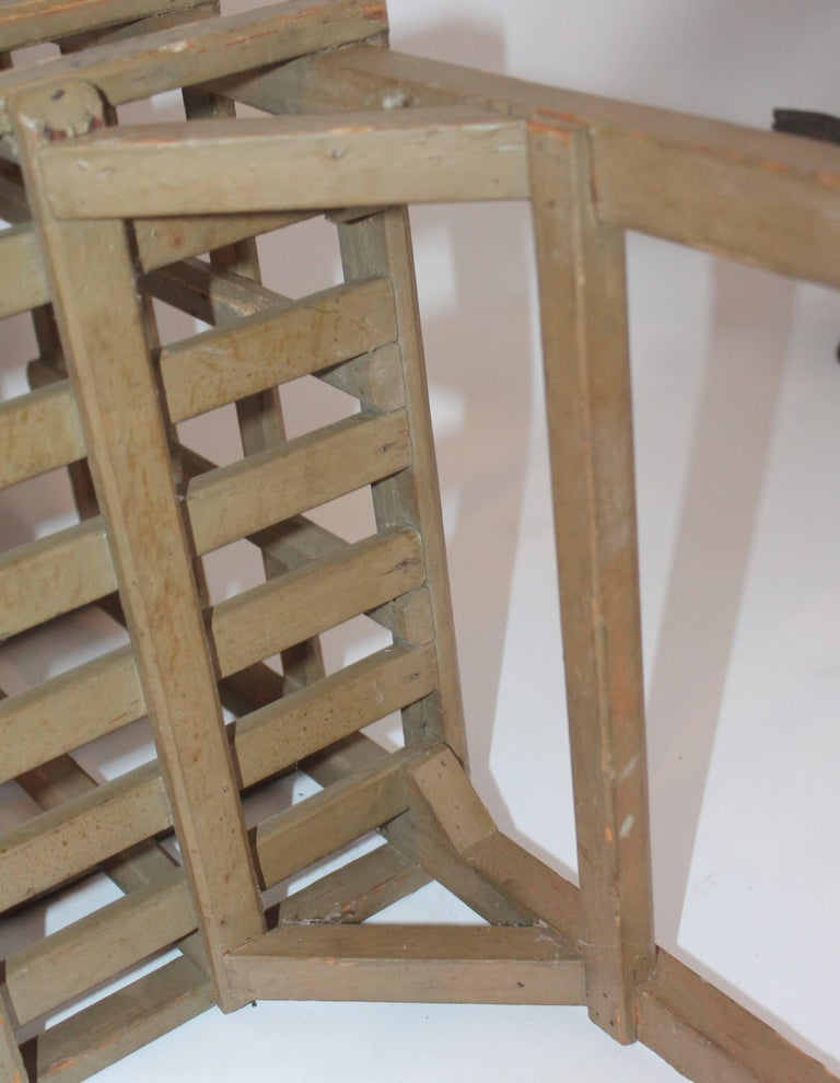 Wood 19th Century Original Painted Lattice Basket on Legs For Sale