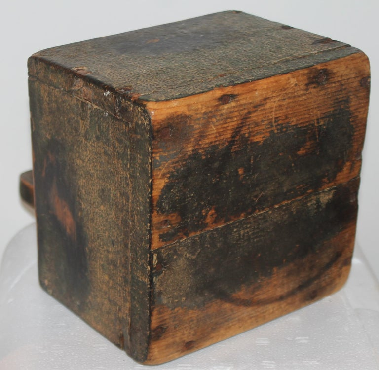 19th Century 19thc Original Painted Salt Box from Vermont For Sale