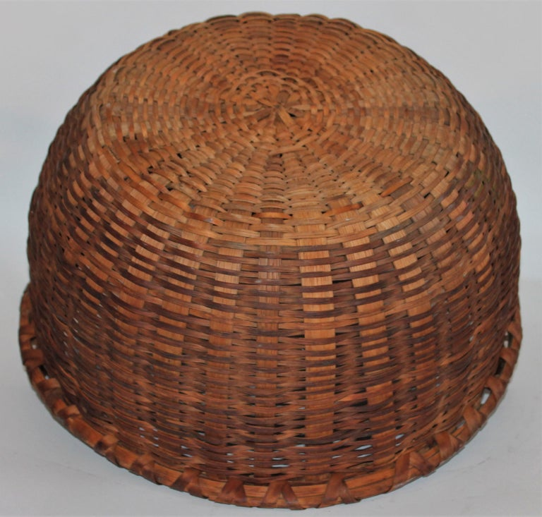 19th Century Shaker Style Swing Handle Basket For Sale 2