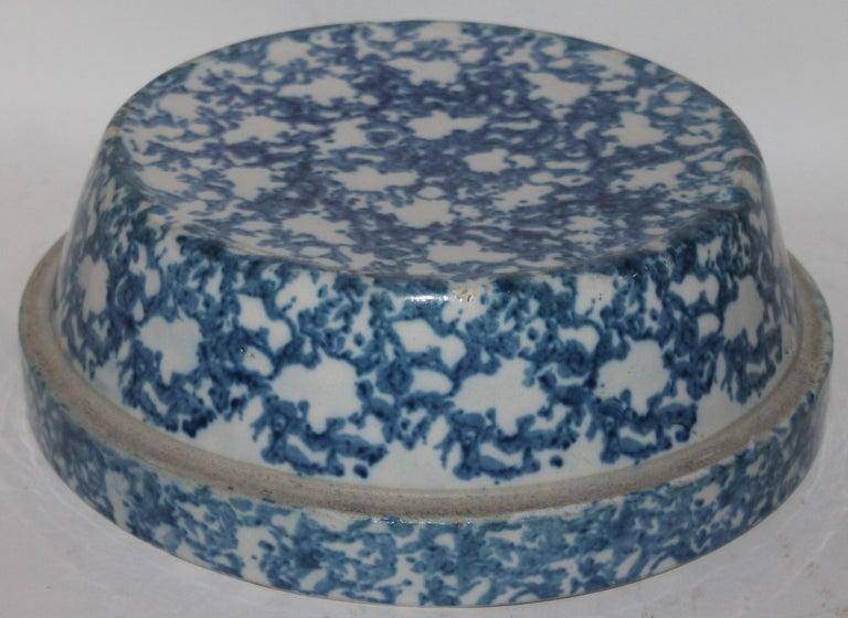 American 19th Century Sponge Ware Bake Dish For Sale