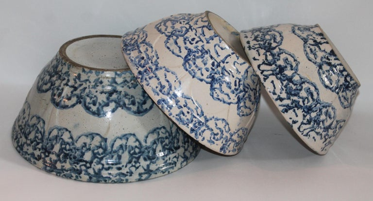 American 19th Century Sponge Ware Bowls Collection of Three For Sale