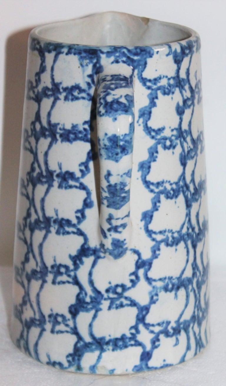American 19th Century Sponge Ware Design Pattern Pitcher For Sale