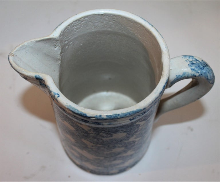 American 19th Century Sponge Ware Patterned Pitcher For Sale