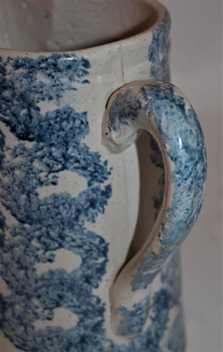 19th Century Sponge Ware Patterned Pitcher In Good Condition For Sale In Los Angeles, CA