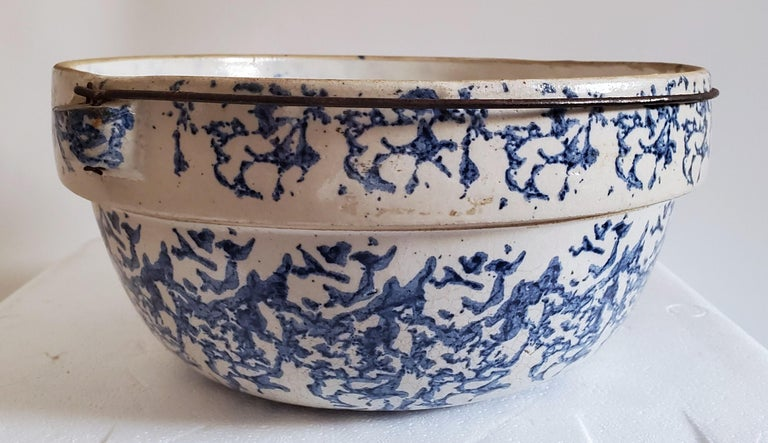 19th Century Sponge Ware Pottery, 3 Pieces In Good Condition For Sale In Los Angeles, CA