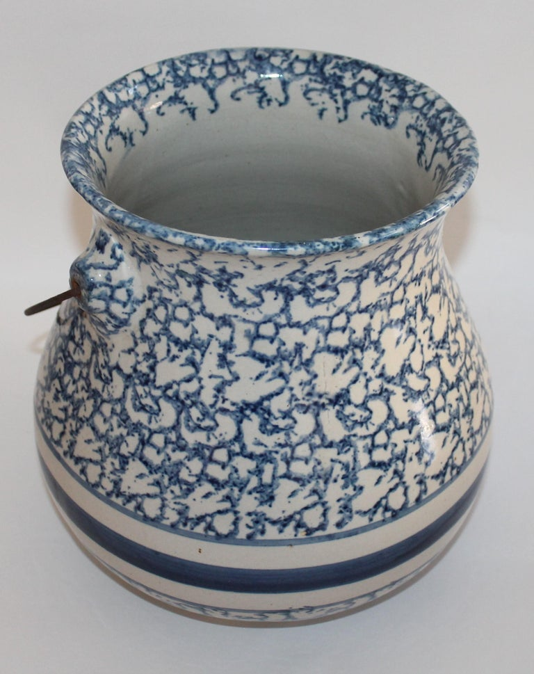 Hand-Crafted 19th Century Sponge Ware Slop Bucket with Original Wire Handle For Sale