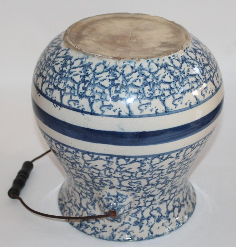 19th Century Sponge Ware Slop Bucket with Original Wire Handle For Sale 1