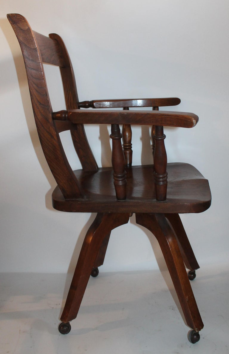 Country 19th Century Walnut Office or Computer Chair For Sale