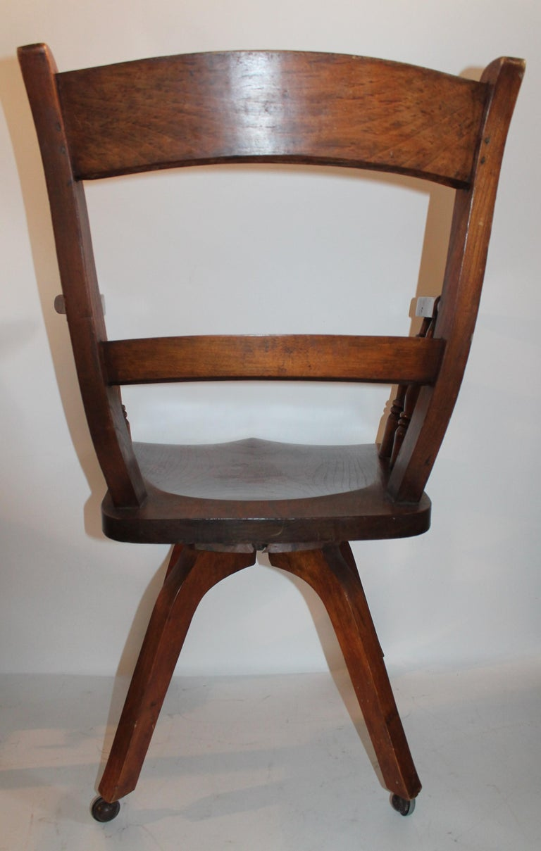 Hand-Crafted 19th Century Walnut Office or Computer Chair For Sale