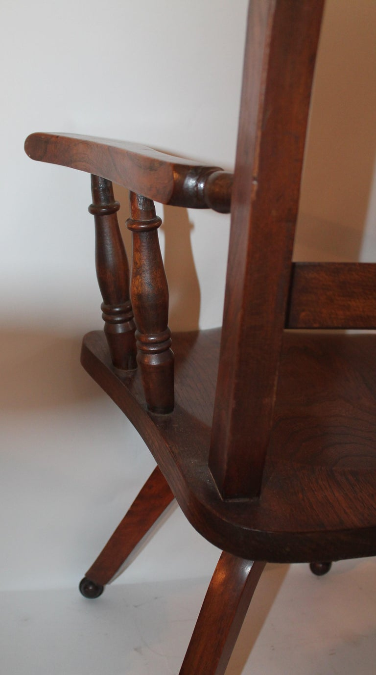 19th Century Walnut Office or Computer Chair For Sale 1