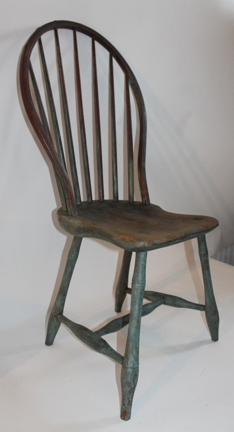 19th Century Windsor Chair Collection / 3 In Good Condition For Sale In Los Angeles, CA