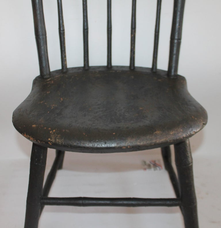 19th Century Windsor Children's Chairs in Black Painted Surface, Pair In Good Condition For Sale In Los Angeles, CA