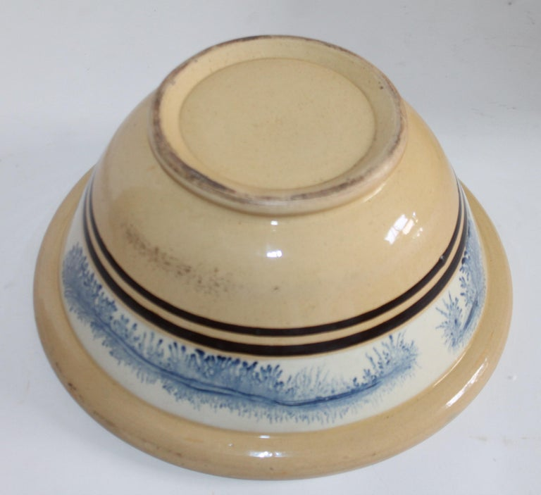 19th Century Yellow Ware in Seaweed Pattern Mixing Bowls, Pair For Sale 5
