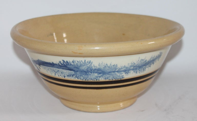 19th Century Yellow Ware in Seaweed Pattern Mixing Bowls, Pair For Sale 1